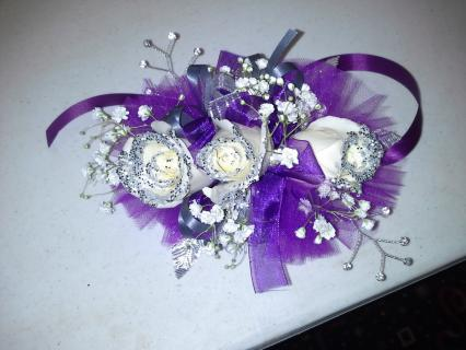 Corsage with Glitter Tips